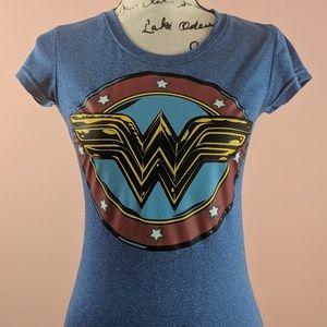 DC Comics Wonder Woman Symbol Tee